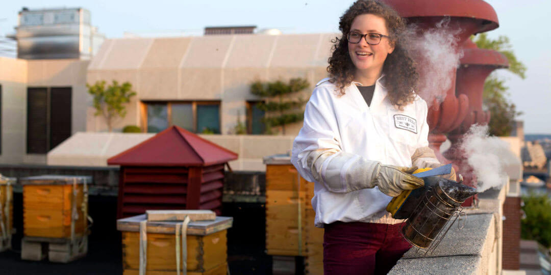 Sophie Chaney #NextGenBeekeeper